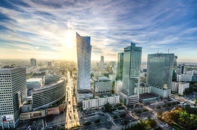 Czy warto kupić mieszkanie na warszawskiej Woli? Wady i zalety.